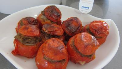 tomates farcies : Plat de tomates farcies fait avec l'appareil Philips Airfryer