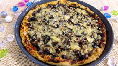 Sauce tomate pour pizza : Pizza aux épinards et aux champignons