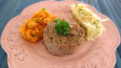 Entrecôte de boeuf : Assiette de tartare de boeuf et ses crudités