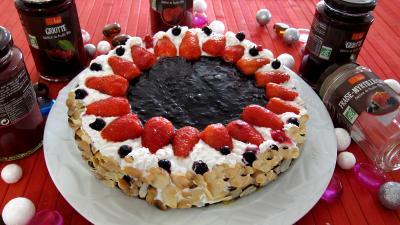 Cheese cake : Gâteau aux fromages à la purée fraises, myrtilles, cassis Vitabio