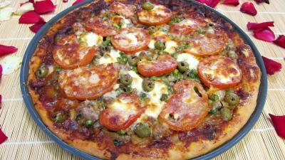 pâte à pizza : Pizza aux petits pois et aubergines