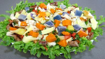 salades poissons : Assiette de salade de pommes de terre bleue d'Artois ou Valfi
