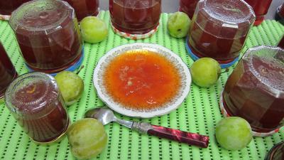 Marmelade facile de prunes variées au kirsch