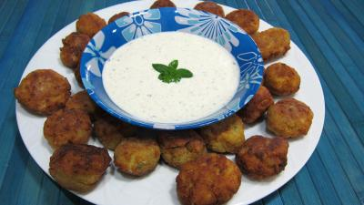 plat complet : Assiette de keftas au tofu et au pâtisson