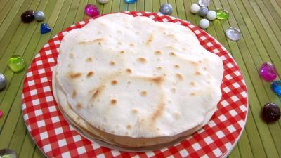 Recette Assiette de tortillas de blé ou galette mexicaine