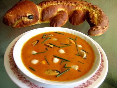 noix de saint jacques : Assiette de soupe de noix de Saint-Jacques