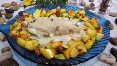 Lotte et pommes de terre saut es supertoinette la cuisine facile - Recette de lotte au four ...