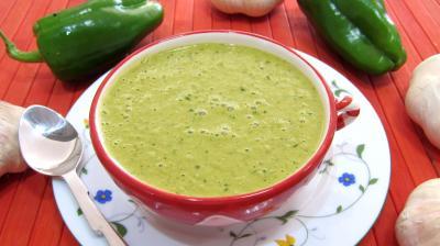 Image : Mojo - Tasse de sauce mojo verde