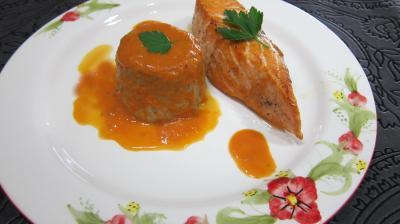 plat complet : Assiette de saumon aux flans de cocos
