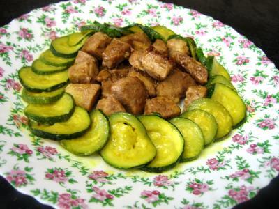 sauté de porc : Assiette de sauté de porc au sirop d'érable