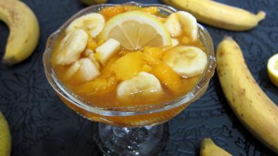 Cuisine antillaise : Coupe de salade de bananes et de mangue