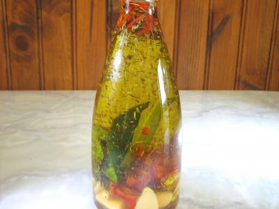 huile aromatique : Huile pimentée en bouteille
