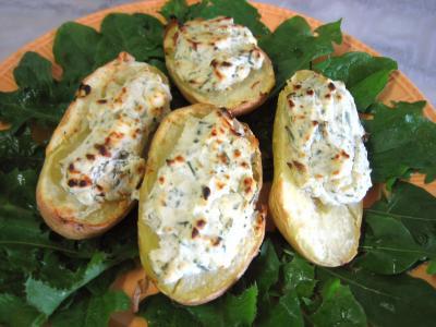 recettes avec garniture : Assiette de pommes de terre farcies à la ricotta