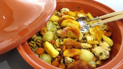 plat complet : Tagine de blancs de poulet aux pommes