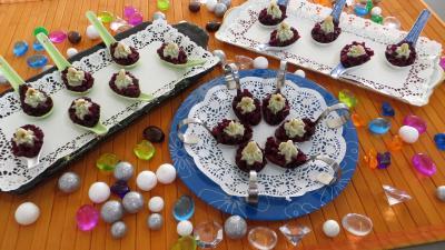 Recette Cuillères d'antipasti au beurre de roquefort