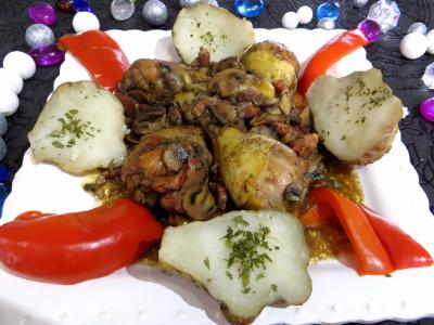 vin rouge : Assiette de pilons de poulet  la bourguignonne