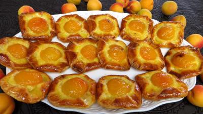 Crème pâtissière : Assiette d'abricots à la danoise