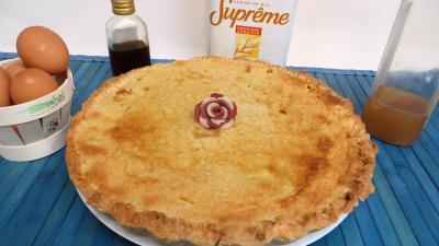 prune : Assiette de tarte aux prunes jaunes