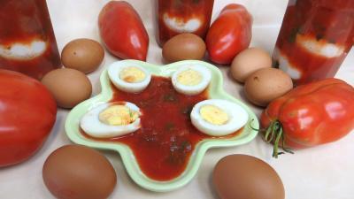 Stévia : Coupelle de sauce tomates aux oeufs