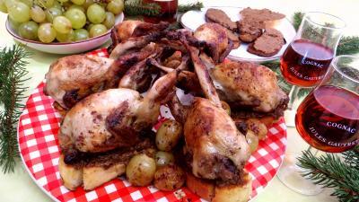 foie volaille : Assiette de cailles aux raisins