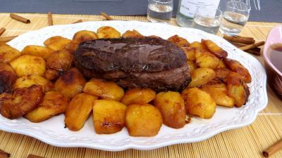 bison rôti : Assiette de bison aux pommes