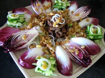Image : Assiette de veau au miel en salade