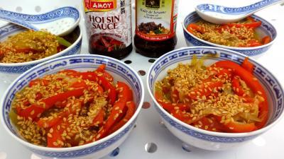 Image : Bols de sauté de concombre et poivrons à la chinoise