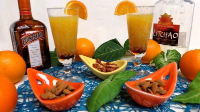 Boissons : Verres de punch orange-ananas