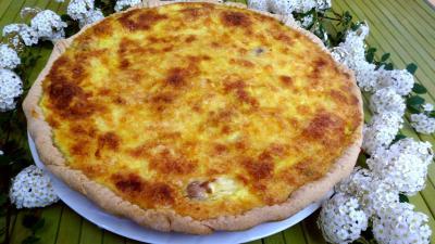 tarte aux asperges au fromage frais de ch vre supertoinette la cuisine facile. Black Bedroom Furniture Sets. Home Design Ideas