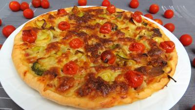Pâte à pizza au lait : Pizza aux restes de charcuterie
