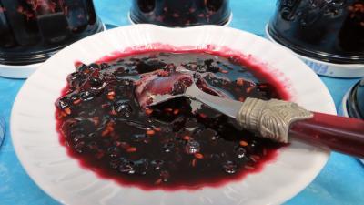 Confiture de baies de sureau à la rhubarbe