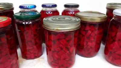 Conserves de betteraves rouges supertoinette la cuisine - Cuisiner les betteraves rouges ...