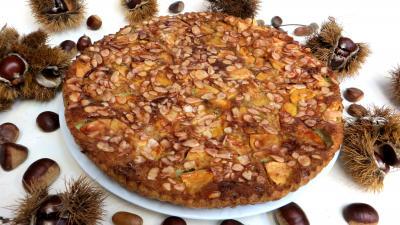 Amande effilée : Assiette de clafoutis aux pommes et châtaignes