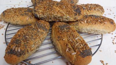 Levain sans gluten à la farine de sarrasin : Petits pains aux graines
