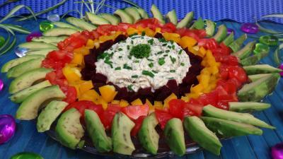 salades composées : Assiette d'avocats printaniers au chèvre frais