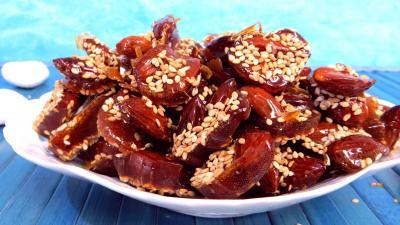 Recettes sans oeufs : Amandes caramélisées aux graines de sésames