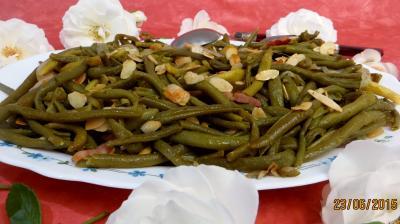 lardon : Haricots verts aux amandes