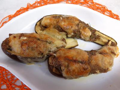 Image : Plat d'aubergines farcies à la cannelle
