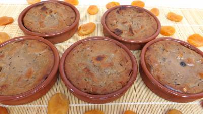 Desserts : Moules de pain perdu aux abricots