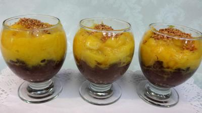 piment d'espelette : Verrines de boudin à la mangue