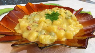 crème aux légumes : Crème de fèves au lard