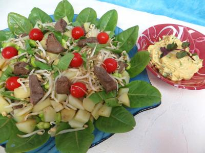Entrées & salades : Plat de salade en sauce verte