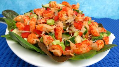 entrée à base de coquillages et crustacés : Plat de haricots mungo en salade