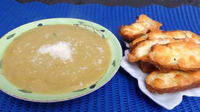patate douce : Assiette de crème de brocolis