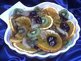 Image : Saladier de compote de fruits au kiwis