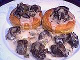 bouchées feuilletées : Assiette de bouchées aux escargots
