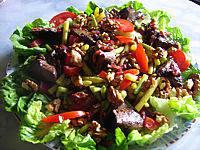 Image : Assiette de foies de volaille en salade