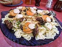 morille : Assiette de coquilles saint-Jacques aux farfalle