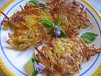 râpe : Assiette de galettes de pommes de terre
