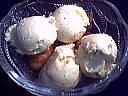 Glace aux beignets d'acacia